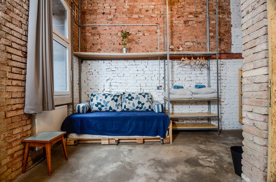 Auping Hostel Design - Swanky Mint Hostel | Archi-living.com