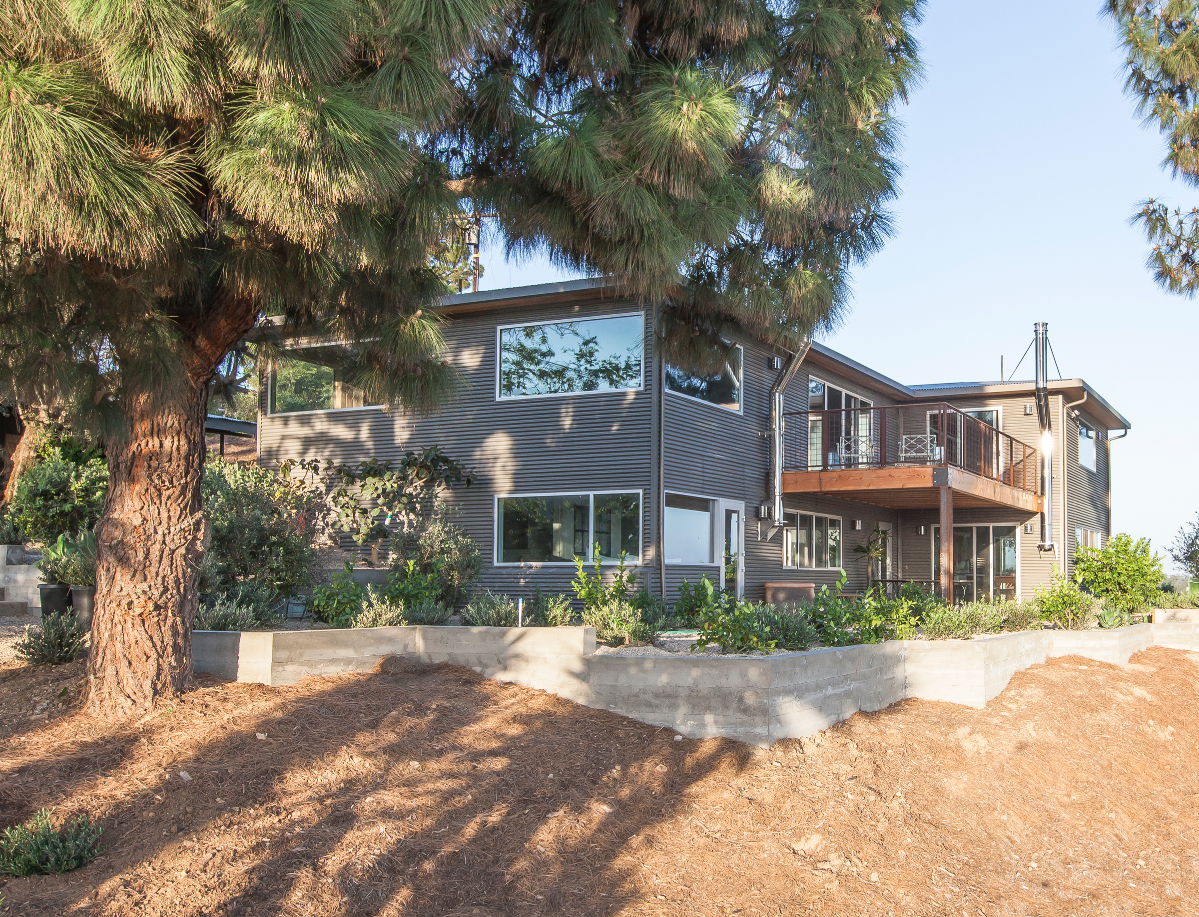 Modern Farmhouse Fence Modern Farmhouse Cj Paone Aia Ventura Ca Architect
