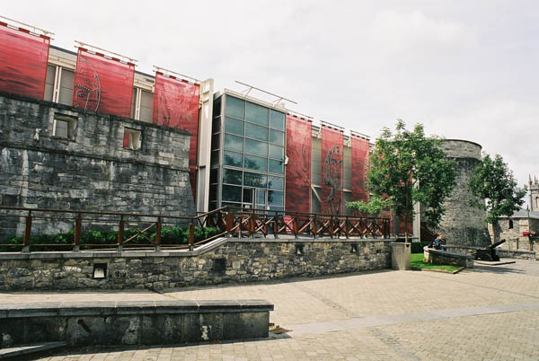 castle_centre_exterior_lge