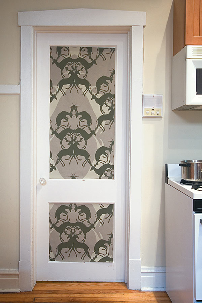 Forrar Muebles Con Papel 10 Ideas Of Doors Decoration With Wallpapers