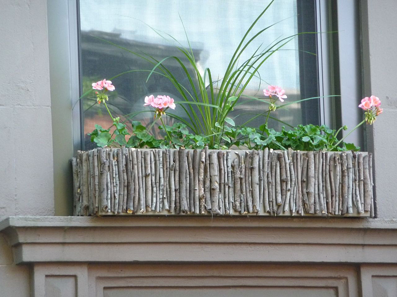 Diy Garden Window Plans Get Ready For The Spring 20 Charming Diy Window Boxes Ideas