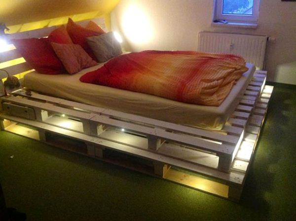 Meuble Palette Lit 27 Insanely Genius Diy Pallet Bed Ideas That Will Leave