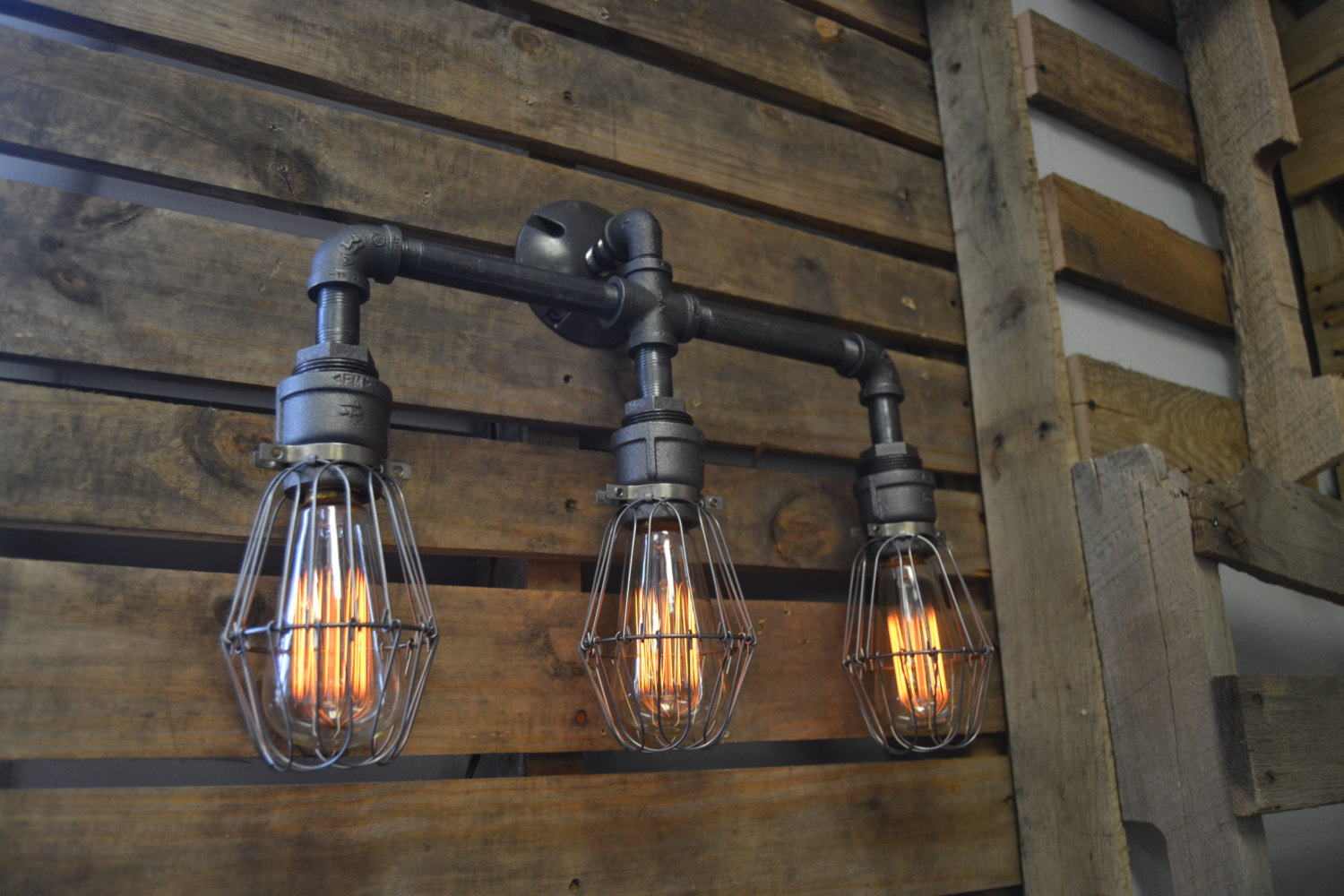 Industrial Decor Lighting 20 Unconventional Handmade Industrial Lighting Designs You