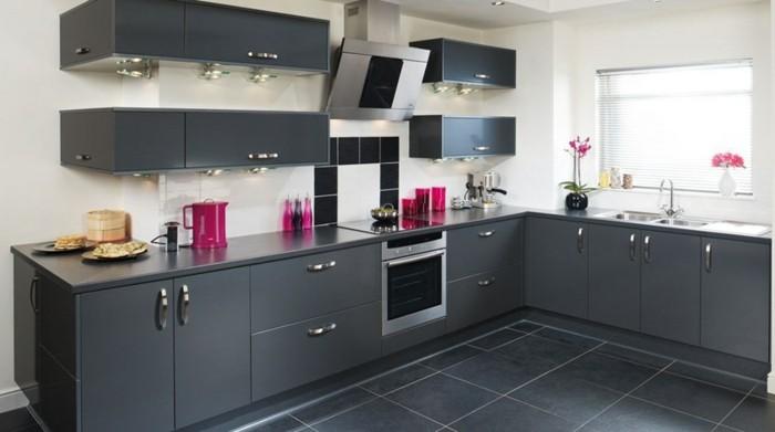 cuisine-gris-anthracite-très-moderne-meuble-cuisine-peinture-murale - carrelage mur cuisine moderne