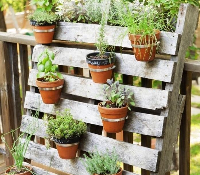 Faire Une Table De Jardin En Bois   Fabriquer Salon De Jardin En ...