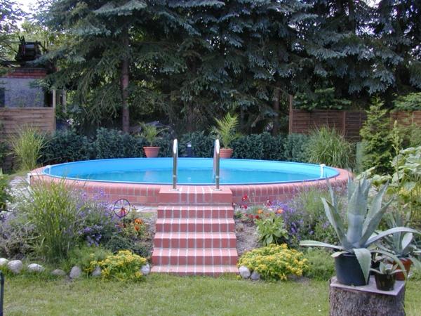 Effektvolle Poolgestaltung Im Garten u2013 Archzine u2013 galaxyquestinfo - poolgestaltung garten
