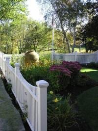 Schne Ideen fr einen Gartenzaun aus Holz in Wei