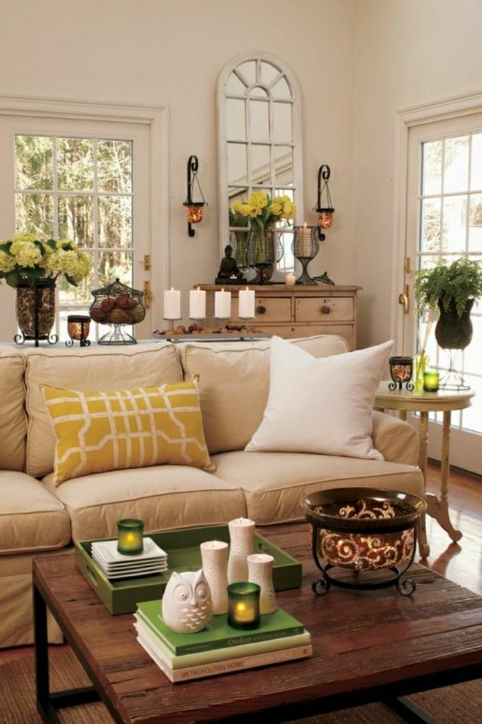 Einladendes Wohnzimmer dekorieren: Ideen und Tipps