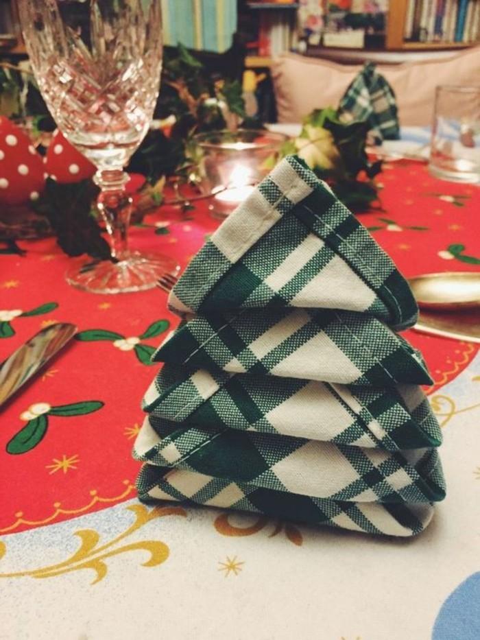 weihnachtsservietten falten servietten falten weihnachten ... - Weihnachtsservietten Falten