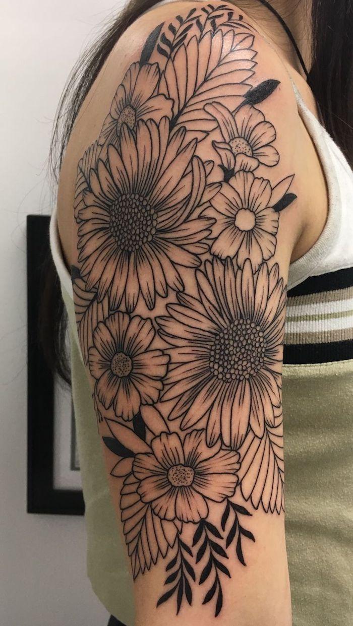 Blumen Tattoo Das Rosen Blumen Tattoo Stockfoto Onionime 174434014