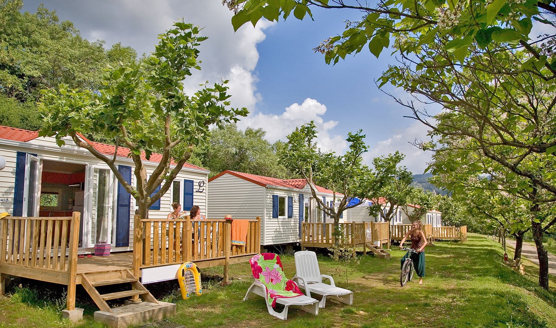 Location Vacances Camping 4 Star Campsite In Privas Weekends And Holidays In Ardèche