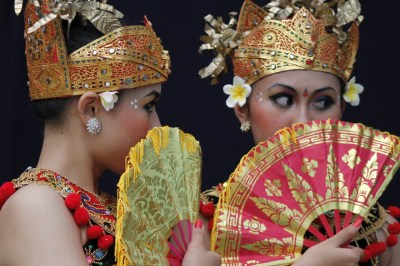 Indonesian Culture : Balinesse dancer | ariefkate85's Blog