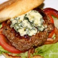Jamie Oliver's Blue Cheese Burgers Recipe