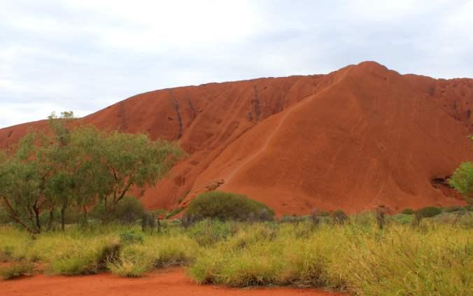 Path up to Uluru.