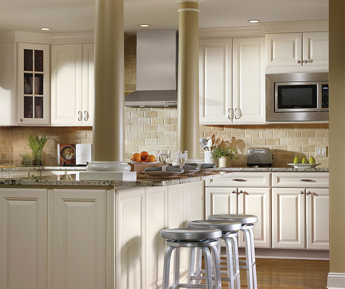 Wellington Ivory Kitchen Cabinets Ivory Cabinets In Traditional Kitchen - Aristokraft