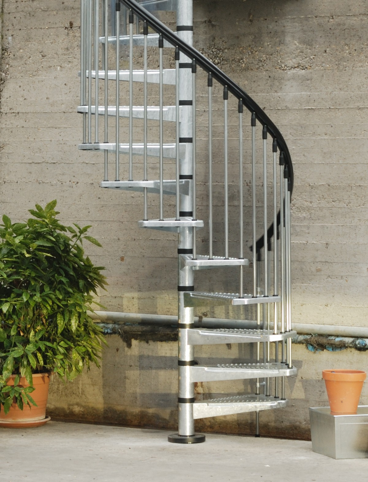 Outside Stairs Metal Outdoor Spiral Staircase Exterior Stairs