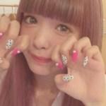 藤田にこるんのネイルサロンはドコのお店?授賞式の爪写真も!
