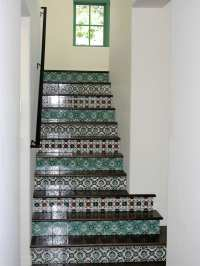 Decorative Tiled Stair Risers & Tile Stairs Hand Painted