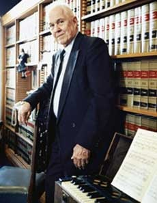 """the unique role of a prosecutor in court The role of the prosecutor in a drug court is quite different from a """"typical"""" criminal proceeding where the roles of prosecutor and defense attorney are adversarial."""