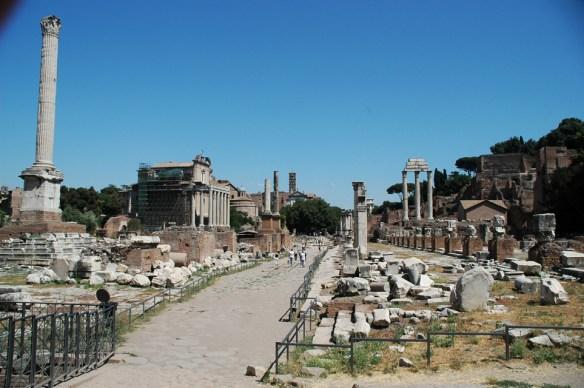 Via Sacra Roma Forum