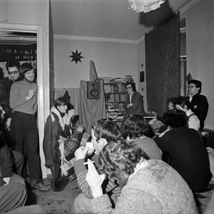 Презентация «Золотого диска» группы «Мухомор» в квартире Никиты Алексеева, январь 1982 Фото: Георгий Кизевальтер