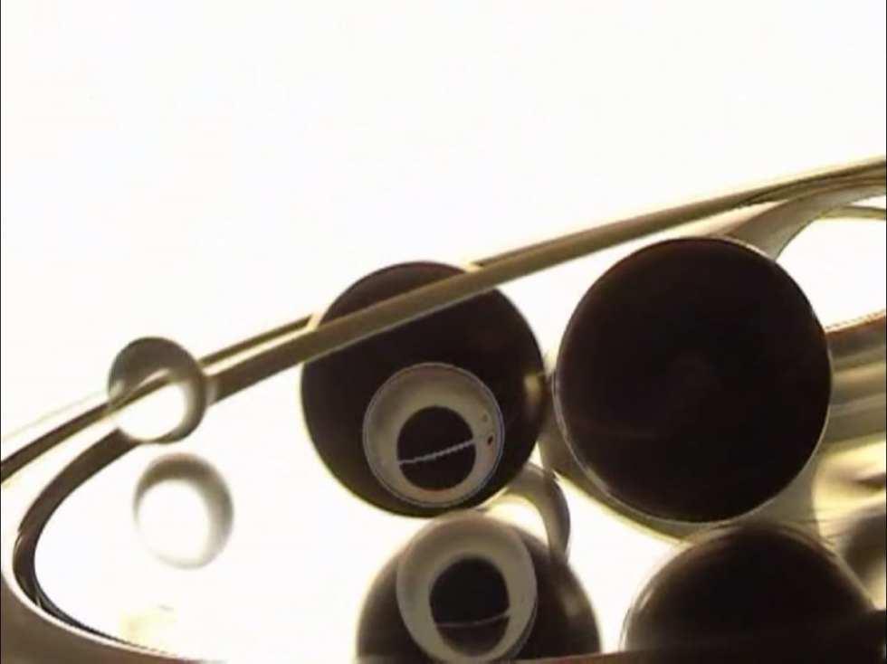 Виктор Назаров. Дура, 2'09'' (кадр из видео), 1992. Музыка Евгений Забазнов