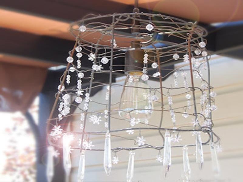 Come creare un lampadario fai da te in stile shabby -> Lampadario Swarovski Fai Da Te