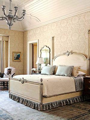 camera da letto country francese in azzurro cenere - Arredamento ...