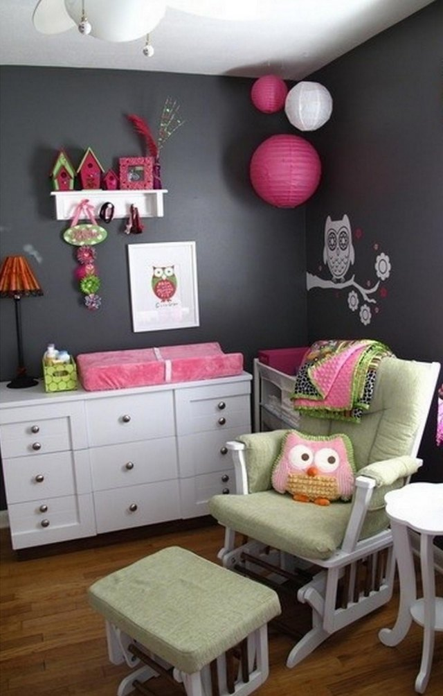 camerette romantiche per bambine idee facili da imitare. Black Bedroom Furniture Sets. Home Design Ideas