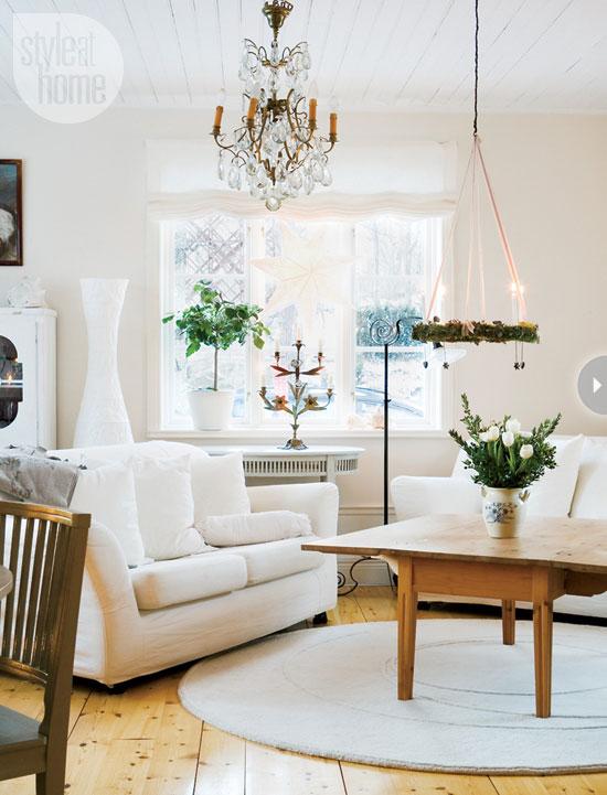 Salotto scandinavo addobbato per le festivit natalizie for Classica stoffa inglese