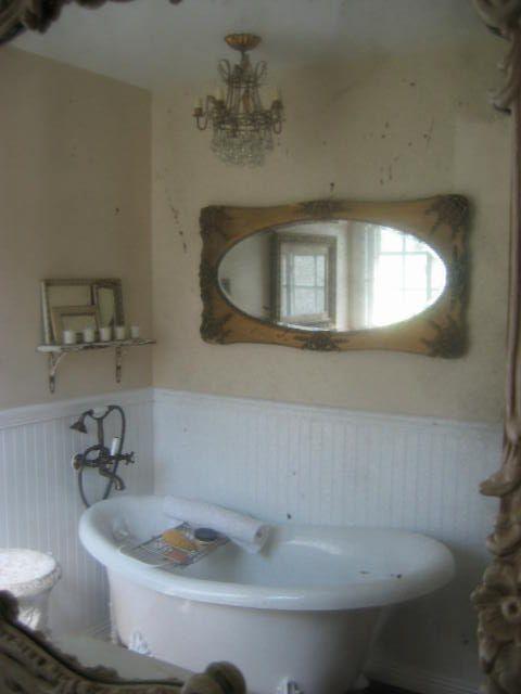 Come realizzare un bagno shabby chic con semplici gesti - Specchio bagno shabby ...