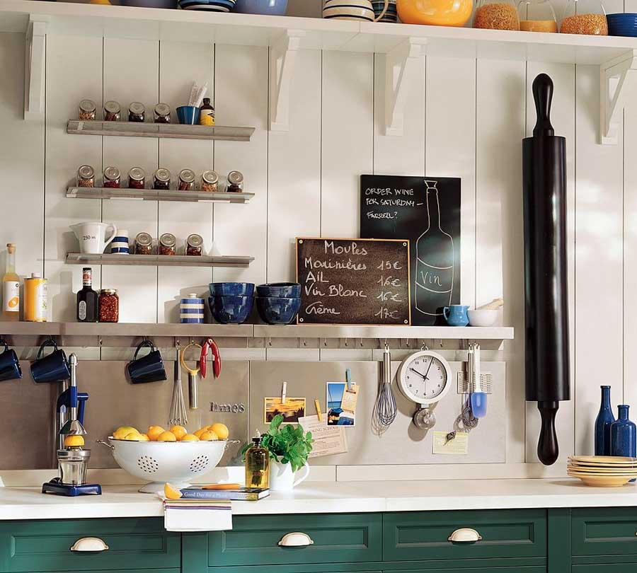 Cucine shabby chic: come sfruttare lo spazio con i mobili giusti