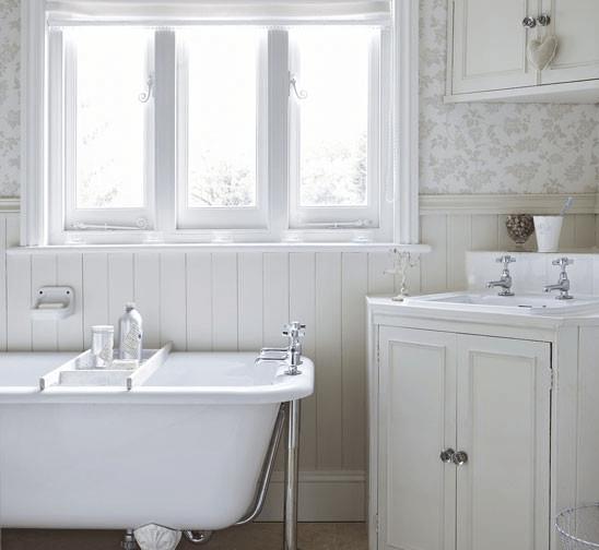 Casa vittoriana inglese in stile shabby chic foto - Mobili bagno stile inglese ...