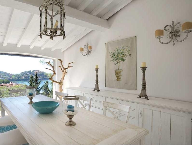 Arredamento country provenzale stile provenzale al centro for Sala da pranzo stile provenzale