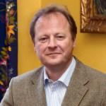 Professor-Mads-Adenaes