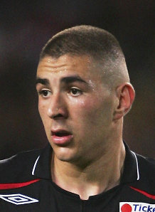 Signing Benzema would see one of the other Arsenal strikers phased out