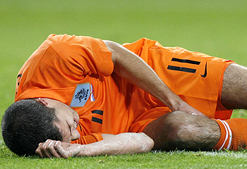 Van Persie has only played one match since injury his knee on international duty with Holland