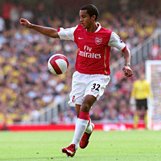 Wenger still has faith in Walcott's ability