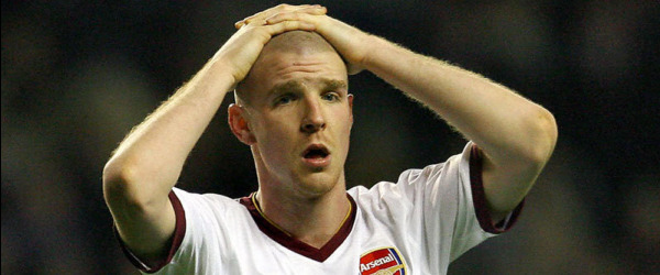 Senderos has reportedly signed for Everton