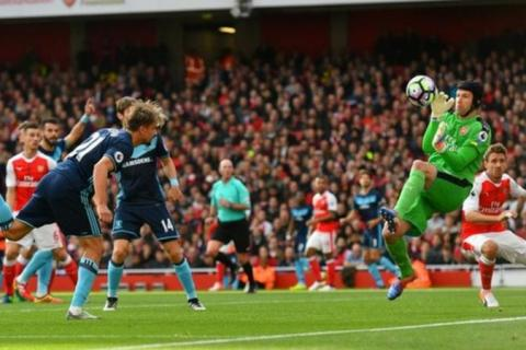 Arsenal's winning streak ended by 0-0 draw against Middlesbrough