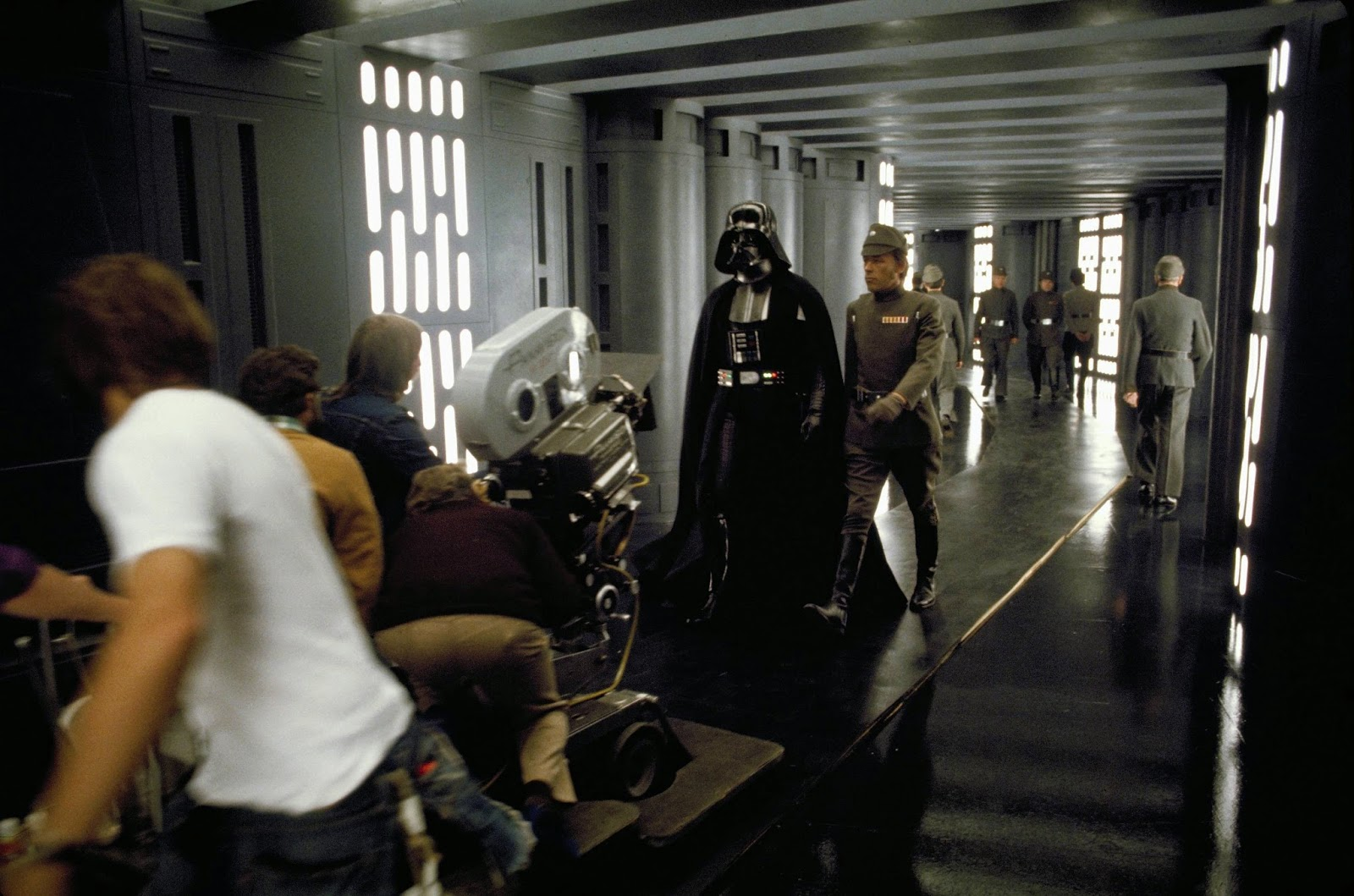 75 Rare Behind The Scenes Photos From The Quotstar Warsquot Set