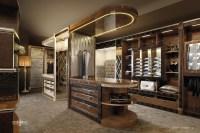 Luxury Walk In Closet - Bestsciaticatreatments.com