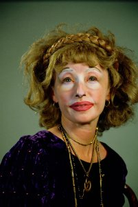 THE MUSEUM OF MODERN ART ANNOUNCES CINDY SHERMAN RETROSPECTIVE IN 2012