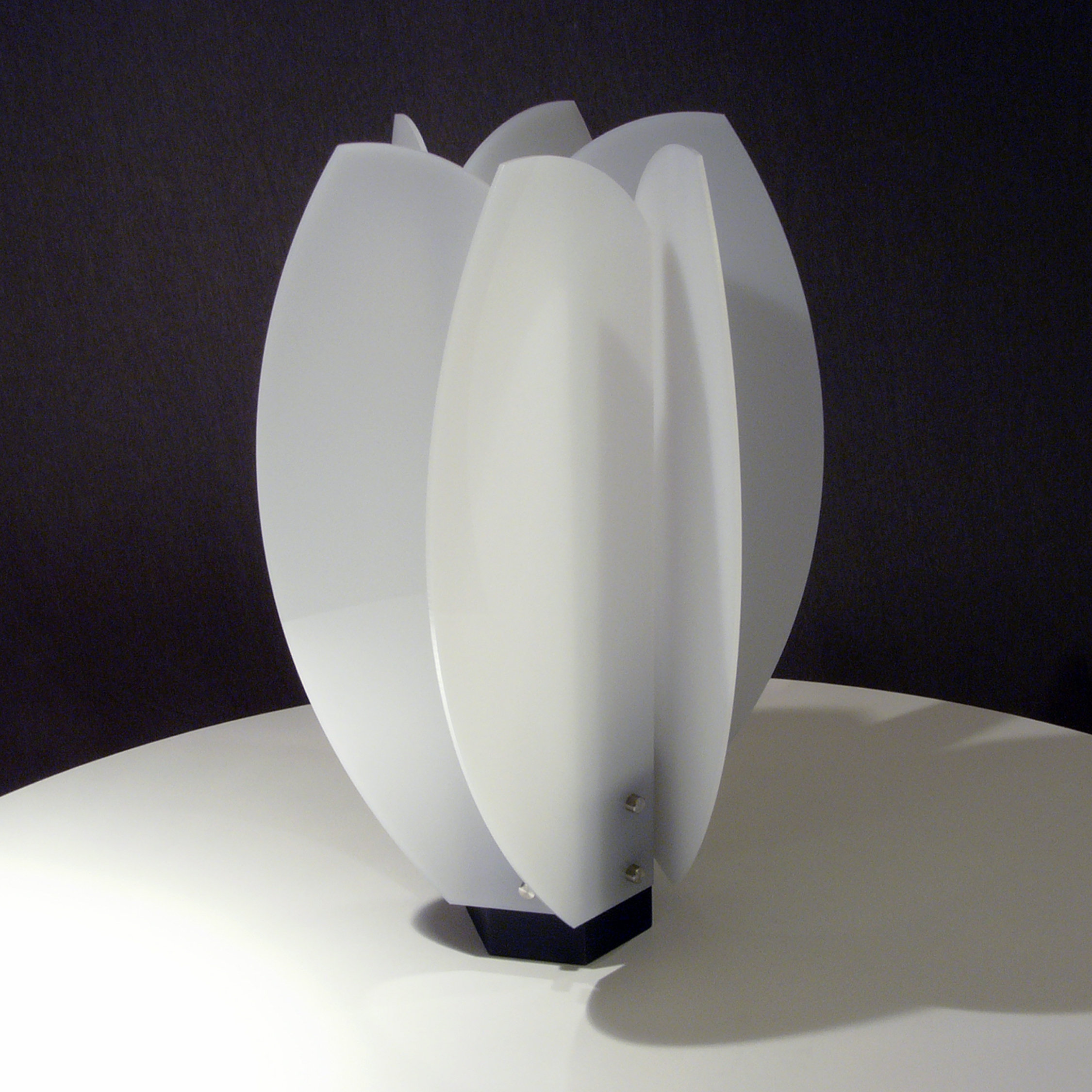 Tulip Table Laleh Lamp By John Nalevanko (acrylic Lamp) | Artful Home