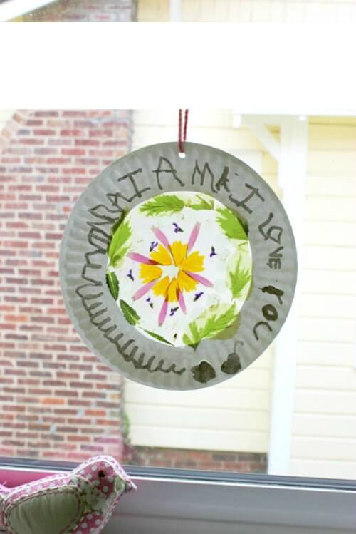 Flower Suncatchers in a Paper Plate Frame