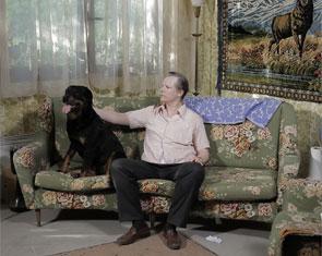 The Hypnotist Dog - Zapruder