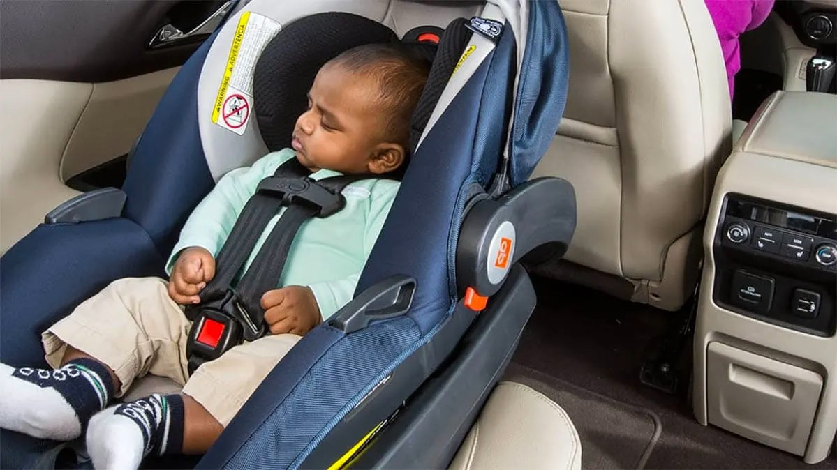 Infant Carrier Car Seat Guide Do S And Dont S Of Using An Infant Car Seat Consumer Reports