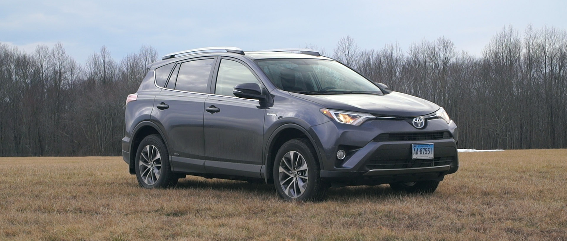 Toyota Rav4 Fuel Consumption 2016 Toyota Rav4 Hybrid Is A Challenger Consumer Reports