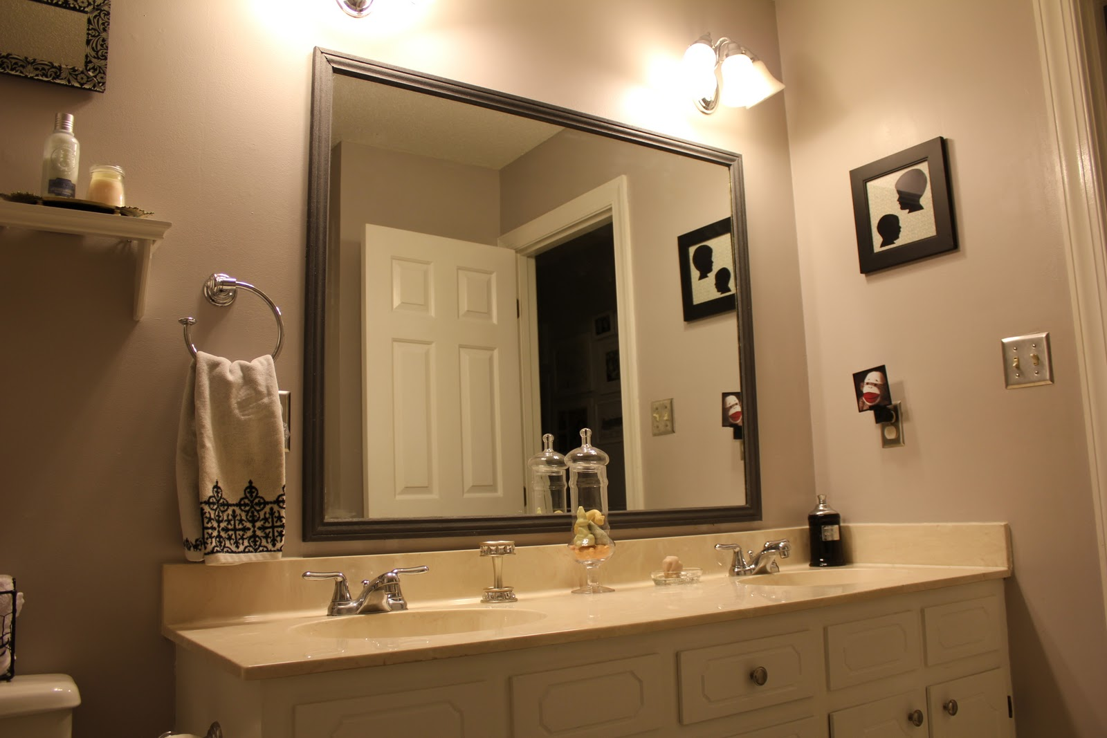 Tips Framed Bathroom Mirrors Artmakehome