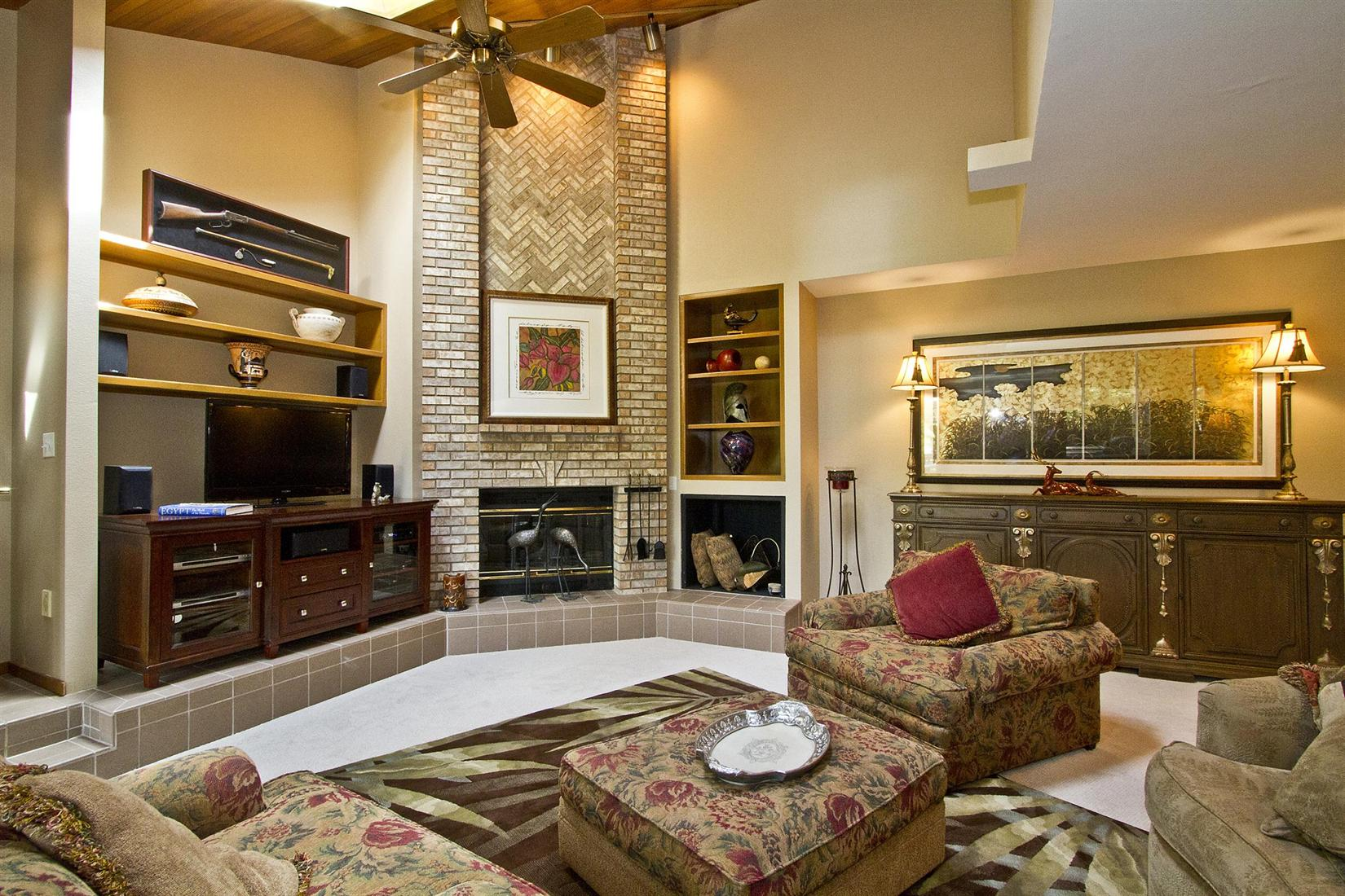 Warm And Inviting Rustic Living Room Ideas Artmakehome